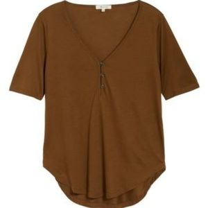 Madewell drapey three button tshirt